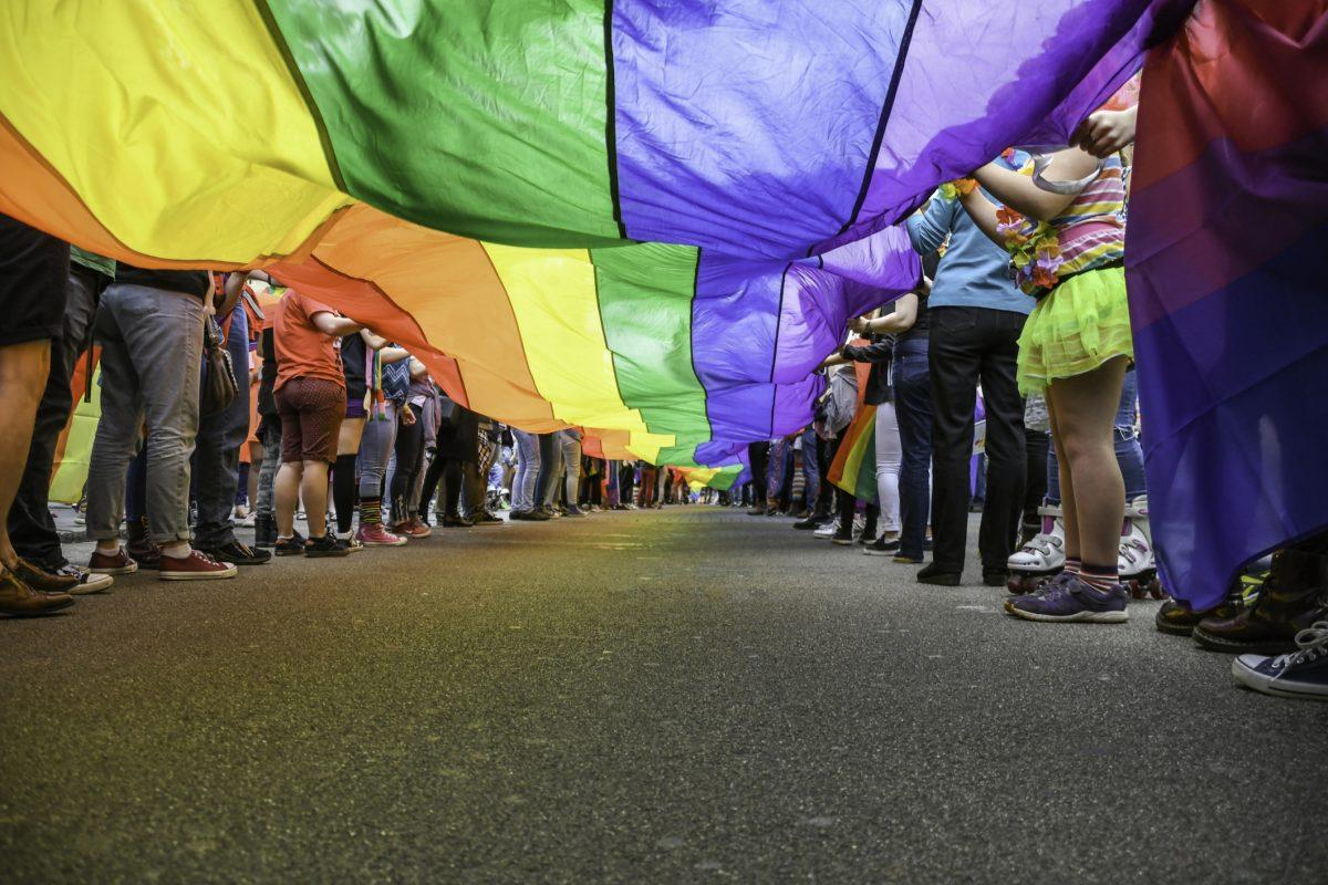 EU:n parlamentin raportissa huoli LGBTI-vähemmistöjen kokema syrjintä